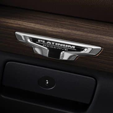 2020 Nissan Titan Features