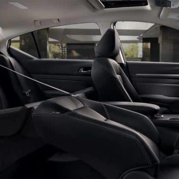 2020-nissan-altima-60-40-split-folding-rear-seat