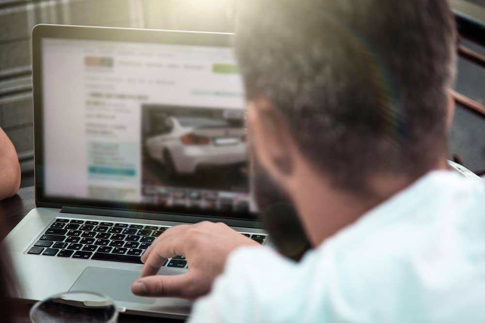 Online Vehicle Reviews