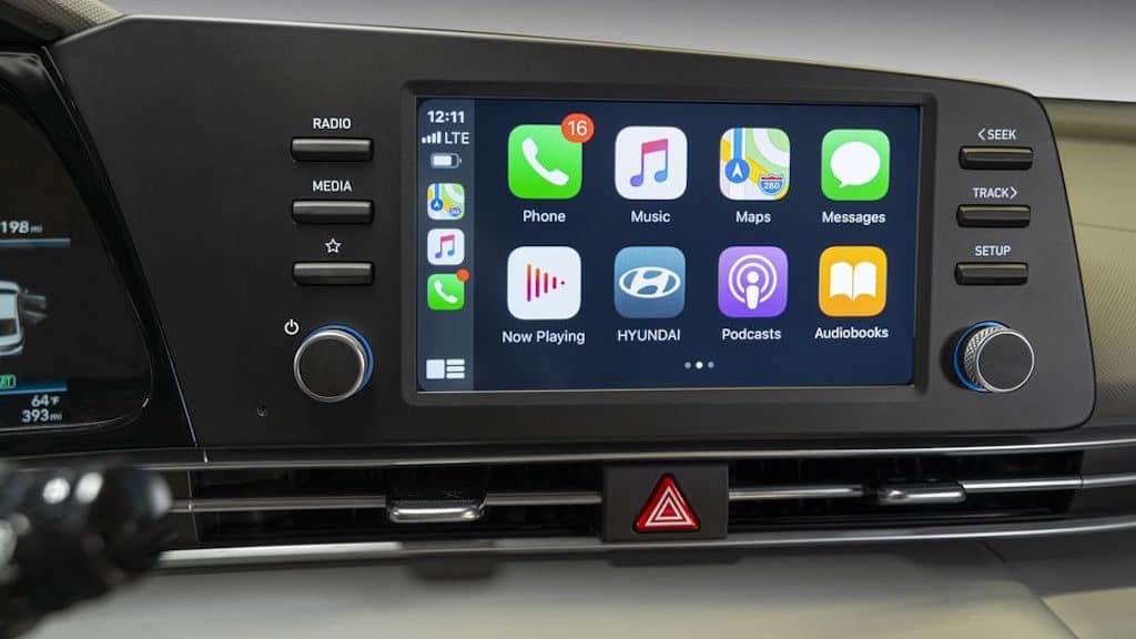 2021 Hyundai Elantra Infotainment