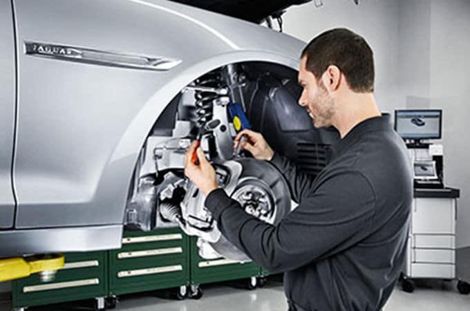 Jaguar Service Technician