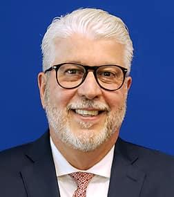Robert Aguinaga