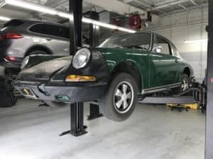 Porsche Restoration 911