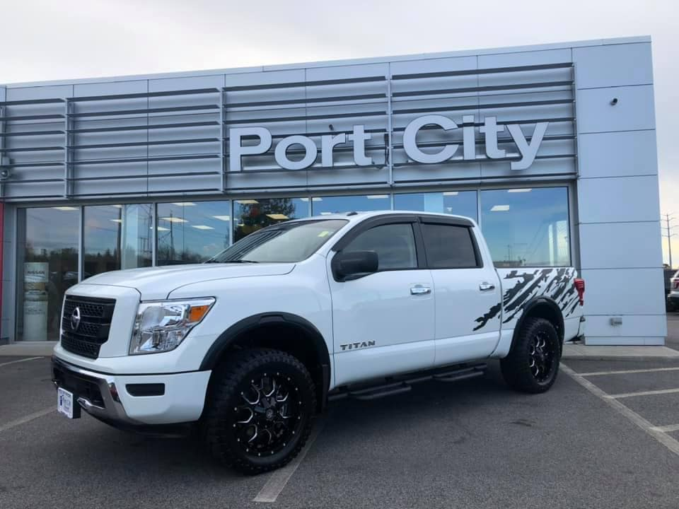 NEW 2021 Nissan Titan SV Port City Nissan