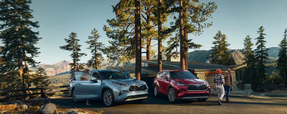2020 Toyota Highlanders parked in the woods