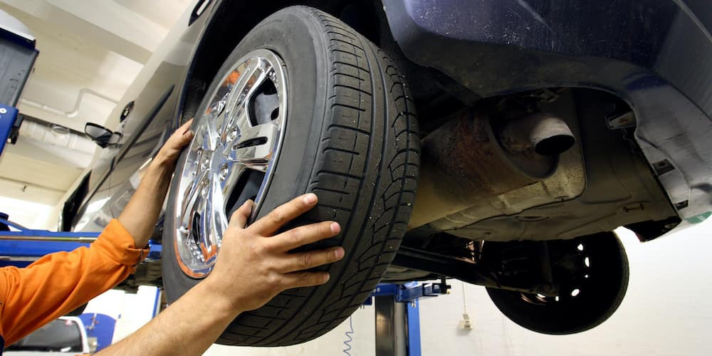 Removing a wheel from a car